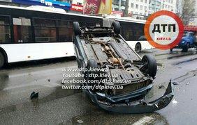 Из-за аварии парализован проспект Победы