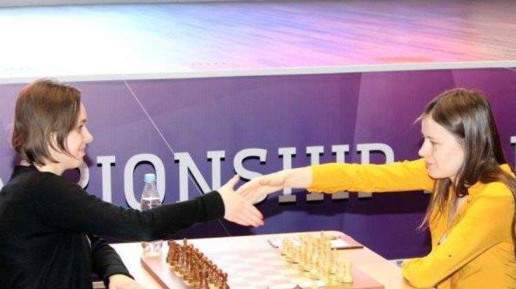 Украинских шахматистов отстранили отвсех международных соревнований