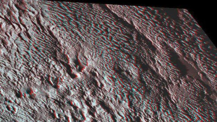 New Horizons сделал 3D-фото «змеиной кожи» Плутона