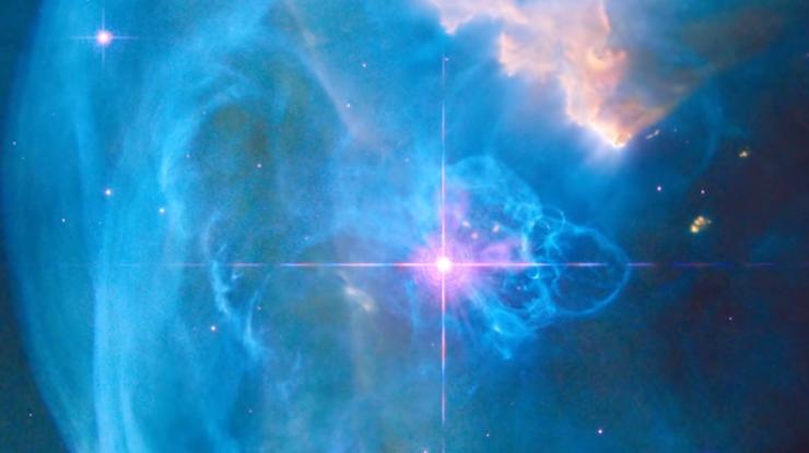 NASA показало снимок большущей туманности «Пузырь»