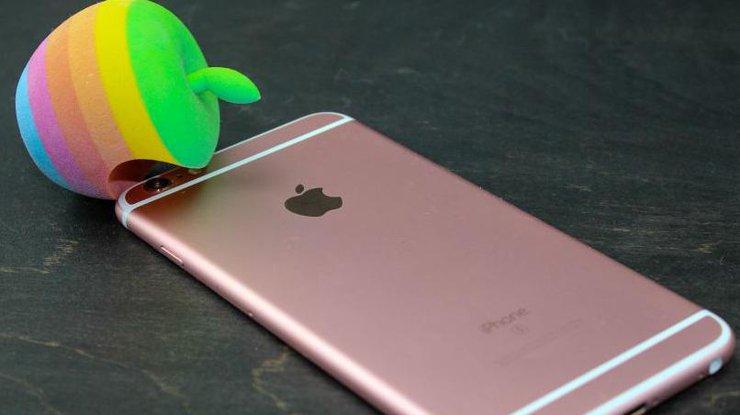 Винтернете появились первые «живые» фото нового iPhone 7