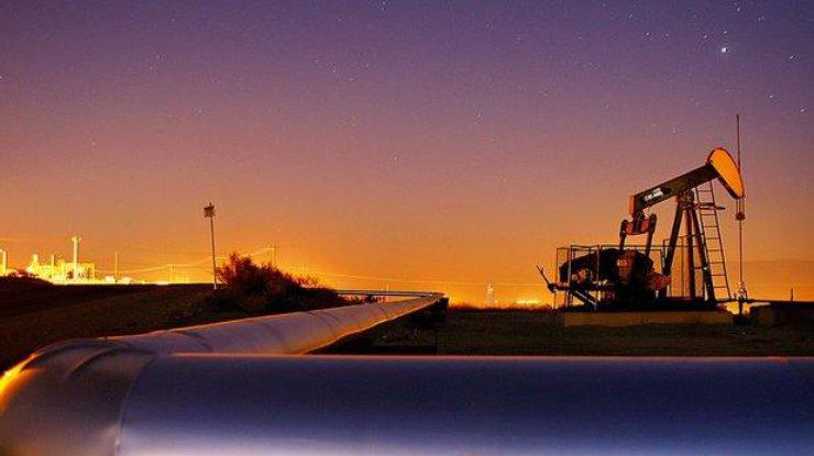 Цены на нефть снизились после резкого рывка вверх