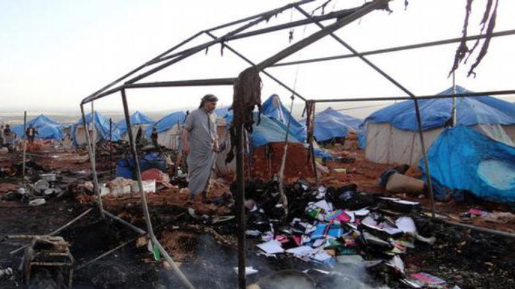 В Сирии истребители разбомбили лагерь для беженцев