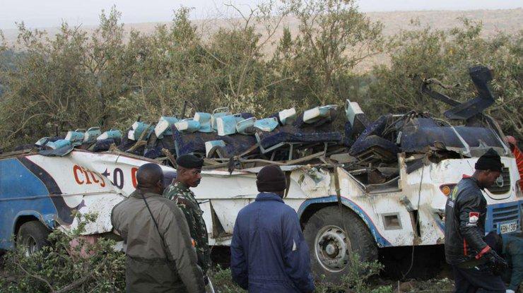 ВСудане 32 паломника погибли после столкновения ихавтобуса савтоцистерной