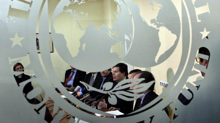 Киев подпишет меморандум сМВФ перед совещанием совета начальников всередине лета