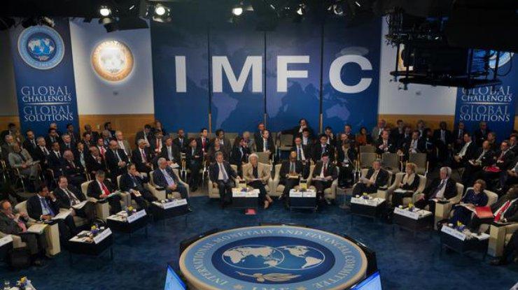 МВФ может практически вдвое уменьшить сумму транша для государства Украины