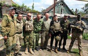 Дмитрий Ярош и Надежда Савченко встретились в зоне АТО