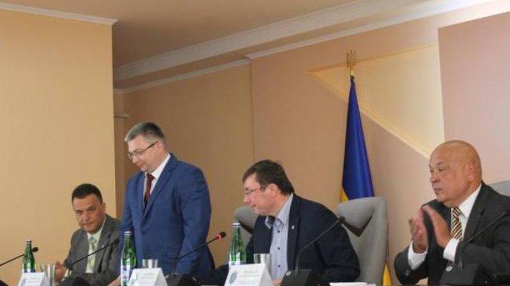Обвинитель Львовщины провел больше 10-ти обысков у«лесной мафии»
