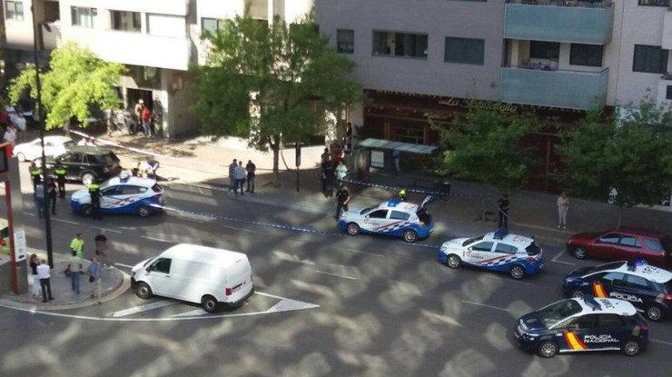 ВИспании произошла стрельба около торгового центра, есть раненые
