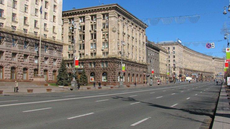 ВКиеве ограничат движение наКрещатике из-за репетиции парада