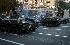 Минобороны: Причина повреждения асфальта после прохода техники в Киеве - некачественное дорожное покрытие - Цензор.НЕТ 7287
