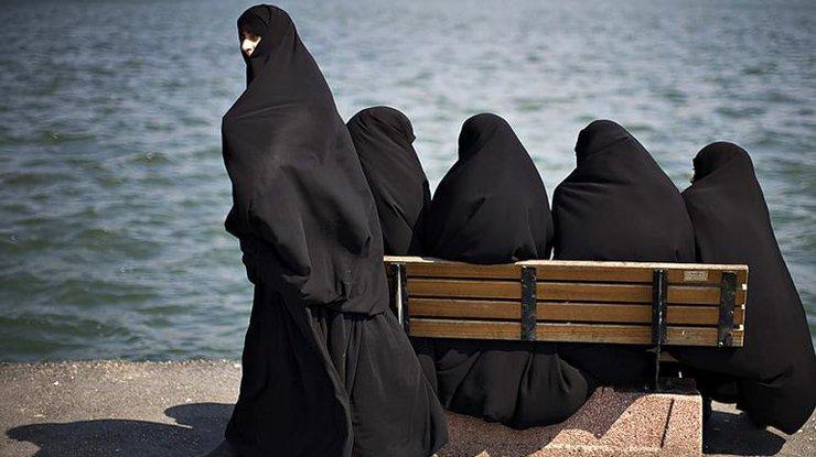 Паранджа препятствует интеграции женщин вГермании— Меркель