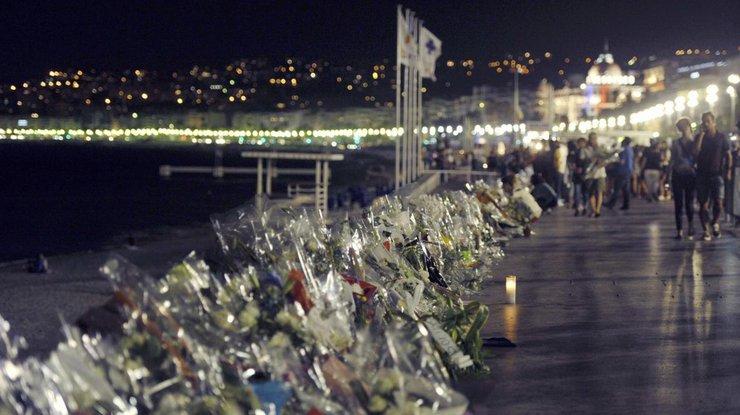Число жертв теракта вНицце увеличилось до86 человек