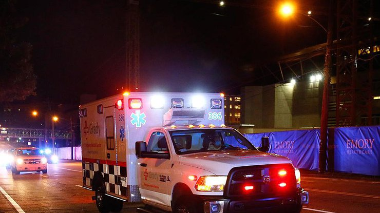 ВСША пострадали 9 человек в итоге заезда втолпу автомобиля