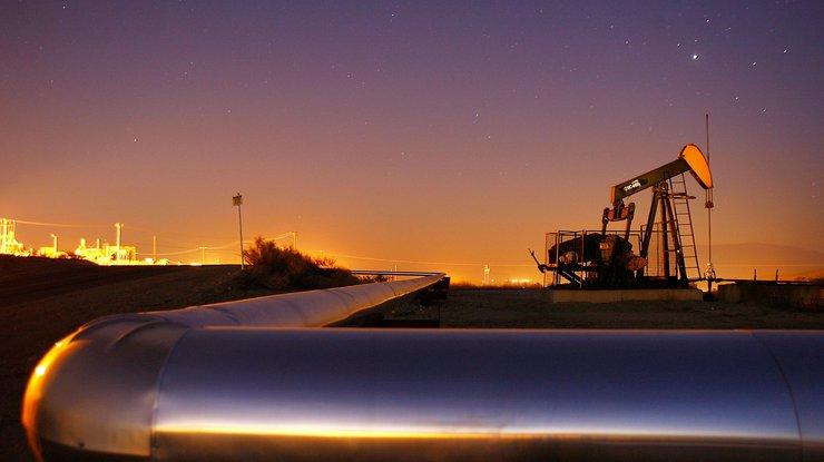 Нефть Brent упала вцене до $49,5 забаррель