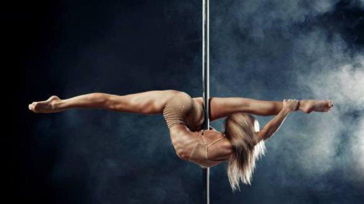 podrostki-erotika-striptiz-14