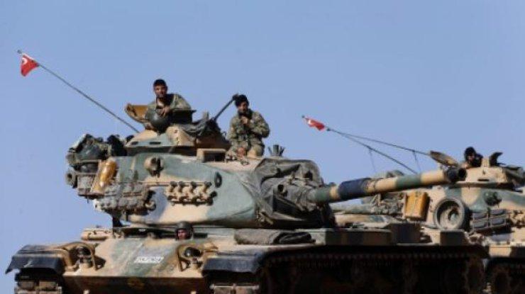 Турецкие танки икоммандос атакуют курдов насевере Сирии