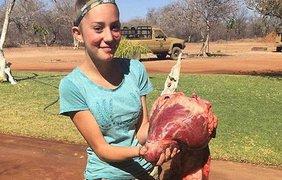 Искусству убивать и потрошить животных научил ее отец еще в 7-летнем возрасте