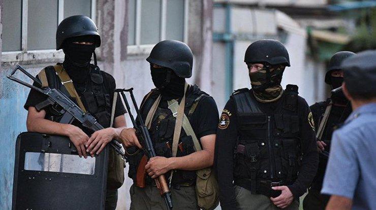 ВБишкеке терорист-смертник протаранил автомобилем ворота посольства Китая ивзорвался