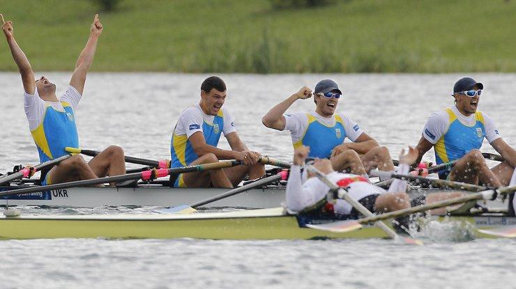 Мужская иженская четверки вышли вфинал Олимпиады