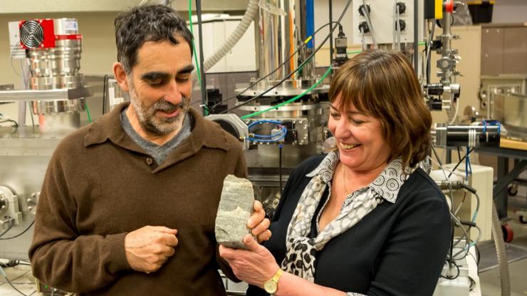 Учёные обнаружили древнейшие следы жизни наЗемле