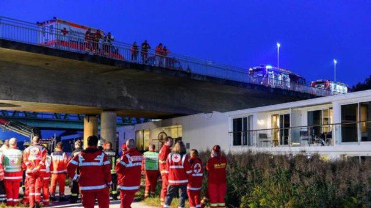 Плавучий отель вГермании столкнулся смостом: есть жертвы 6