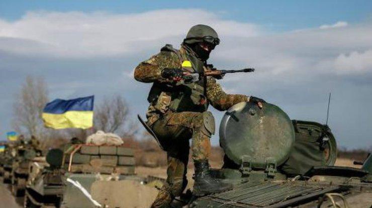 ВМечникова спасли тяжелораненого солдата