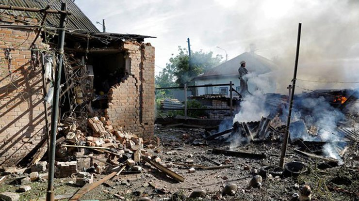 Взоне АТО засутки погибли 3 украинских военных, 15 ранены