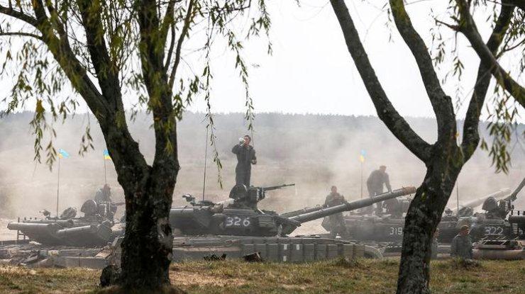 «Режим тишины» наДонбассе: недруг применил тяжелую артиллерию итанки