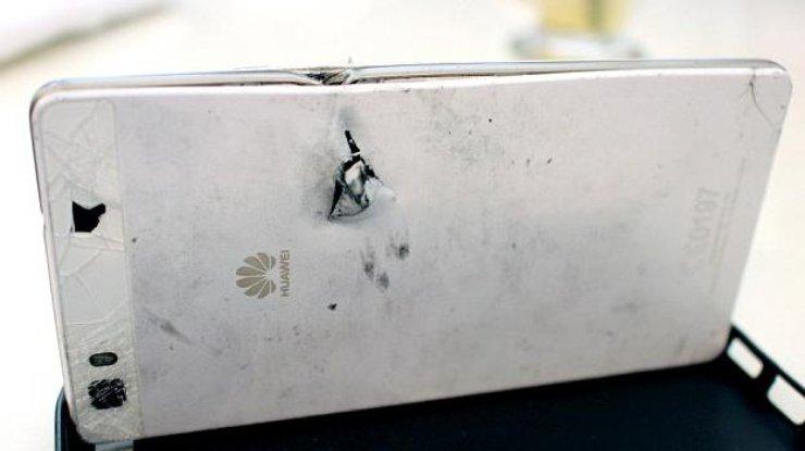 Смартфон Huawei P8 Lite спас жизнь человеку, остановив пулю