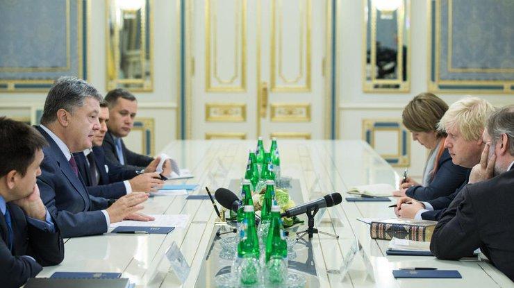 Англия продолжит оказывать Украине помощь вовнедрении перемен и войной скоррупцией