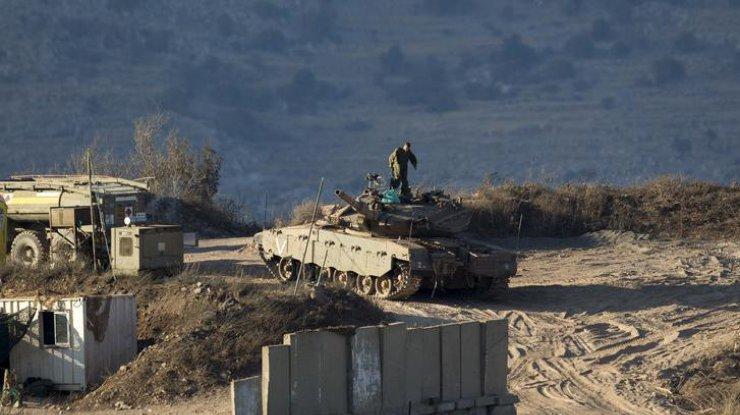 Прежний  министр обороны США призвал предоставить Украине оружие