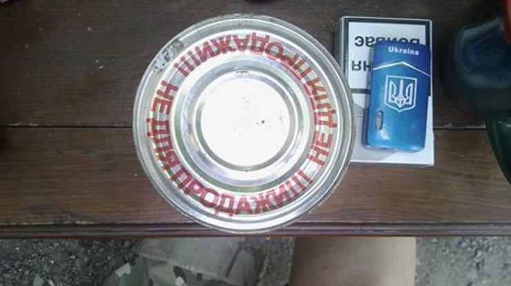 Агентура: Оккупантов наДонбассе кормят просроченными консервами ирыбой 1960 года