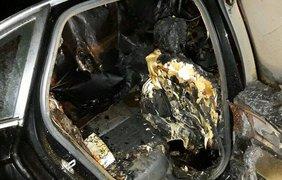 Депутату от партии БПП сожгли автомобиль