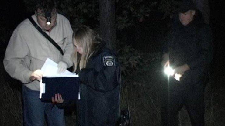 ВКиеве влесопарковой зоне обнаружили мужское тело