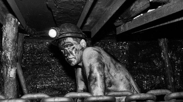 Правительство нашло деньги на зарплаты шахтерам (фото: pravmir)