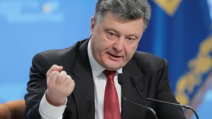 Петр Порошенко прокомментировал убийство полицейских вДнипре