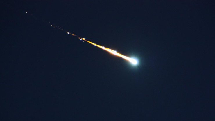 Метеор пролетел ивзорвался над восточной Австралией