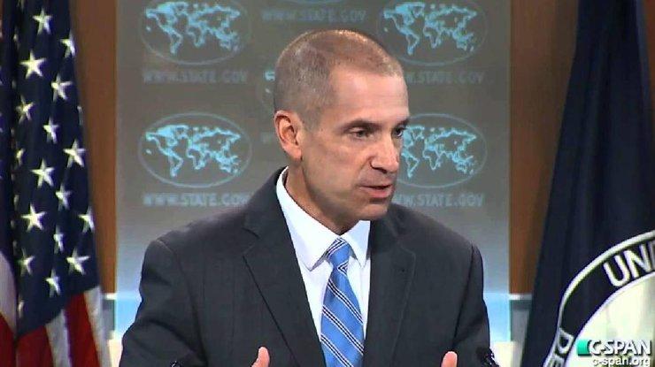 Госдеп: США рассматривают возможность введения новых санкций против РФ