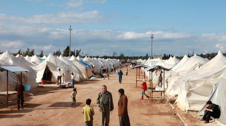 ВПариже откроют первый лагерь для беженцев