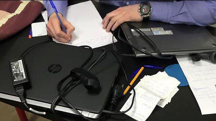 Рада хочет запретить изымать серверы вовремя обысков вкомпаниях