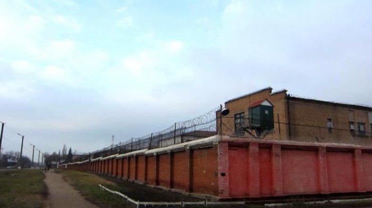 ВКропивницком заключенному с5 судимостями удалось сбежать изСИЗО