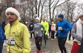 1 января в Киеве прошел традиционный новогодний фан-ран для бегунов. Фото: Оксана Лой
