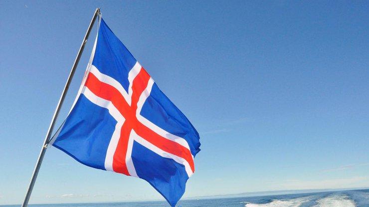 Три исландские партии договорились сформировать руководство после выборов