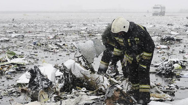 Число погибших авиакатастрофы вКиргизии выросло до 37 человек