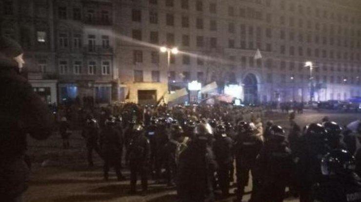 Вцентре украинской столицы произошла стычка националистов сполицией