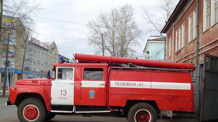 Запорожские cотрудники экстренных служб устранили пожар вбане испасли 11 человек