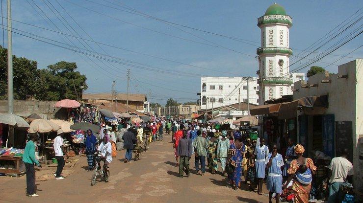 Передачу власти вГамбии собираются обеспечить военные Сенегала иНигерии