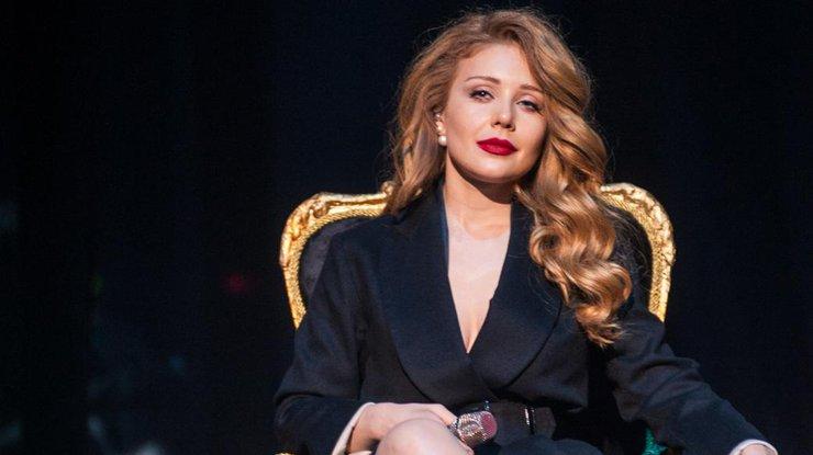 Тина Кароль получила звание Народной артистки Украины: эстрадную певицу наградил сам президент