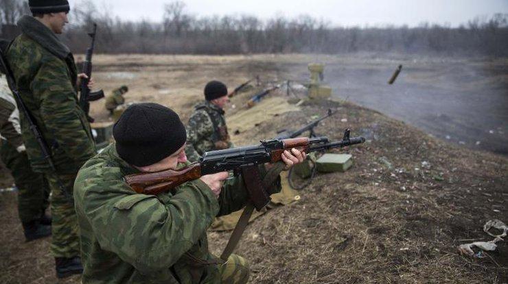 Российские спецслужбы перешли к организации террористической деятельности на территории Украины, - Турчинов - Цензор.НЕТ 2109